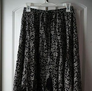 Boho/tribal print midi skirt.